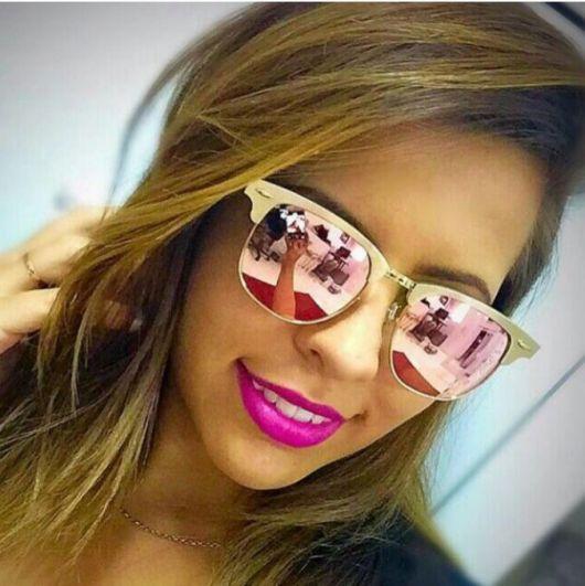 óculos rosé modelo espelhado