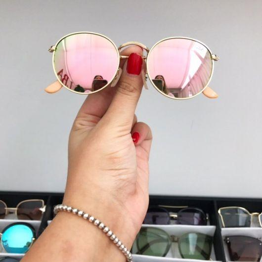 óculos rosé redondo clássico