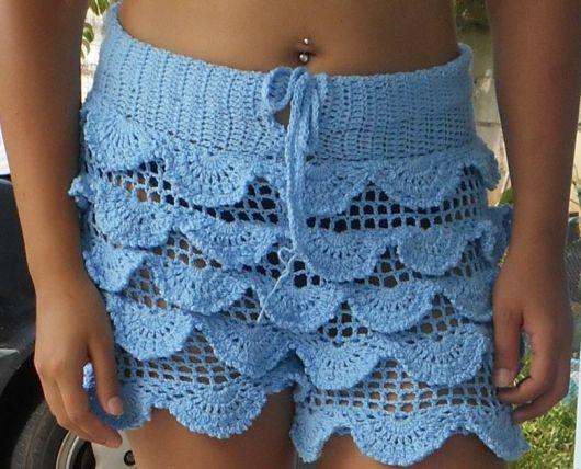 short de praia crochê azul