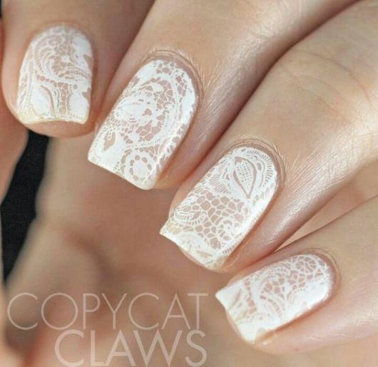 nail art delicada