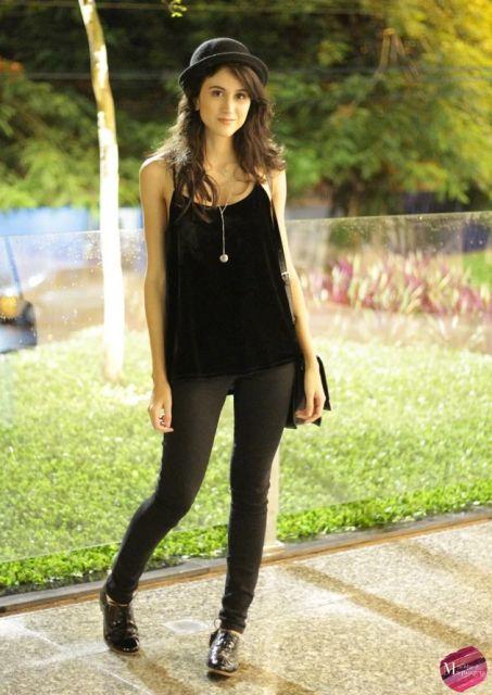 blusa preta de alcinha