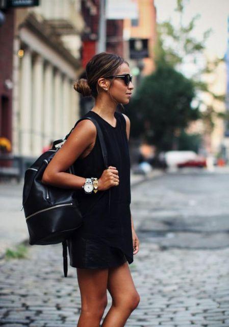 mochila em couro preta