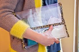 mochila transparente tipo pasta