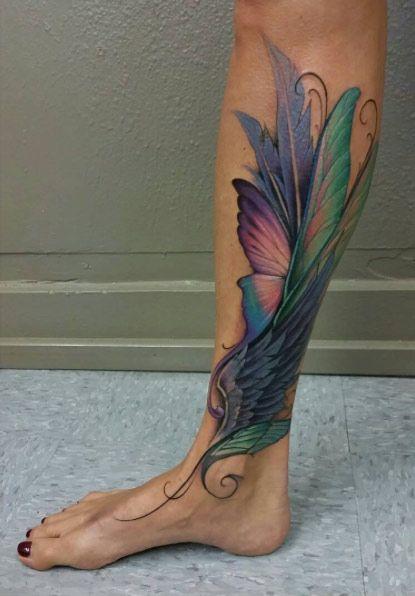 tatuagem colorida perna