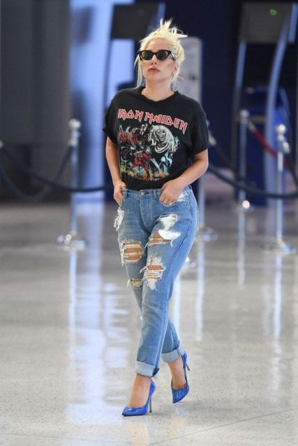 Lady Gaga com camiseta do Iron Maiden.
