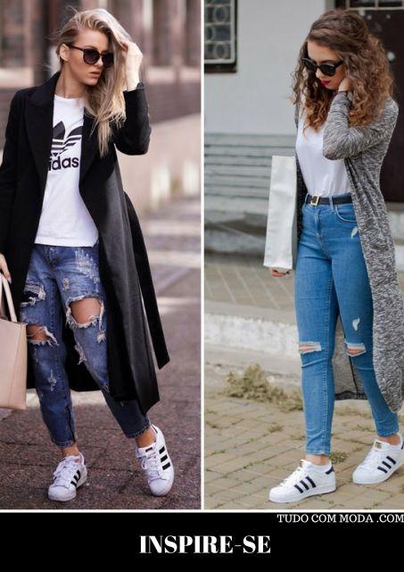 modelos vestem calças jeans rasgadas com tenis, camiseta e cardigã longo.