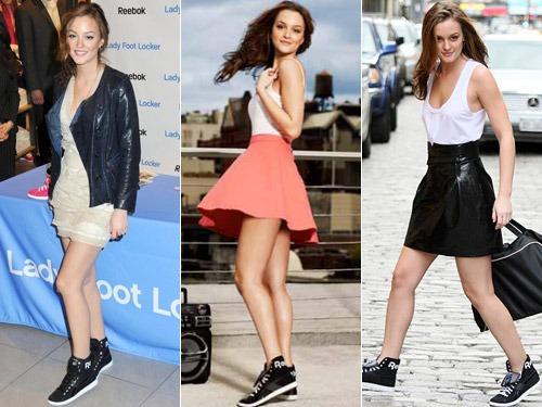 Modelos usam saia e vestido com tenis preto.