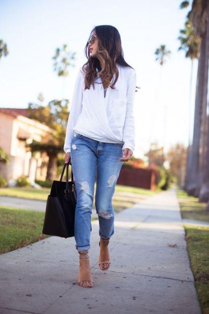 calça jeans com sandália
