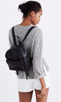 mochila preta básica