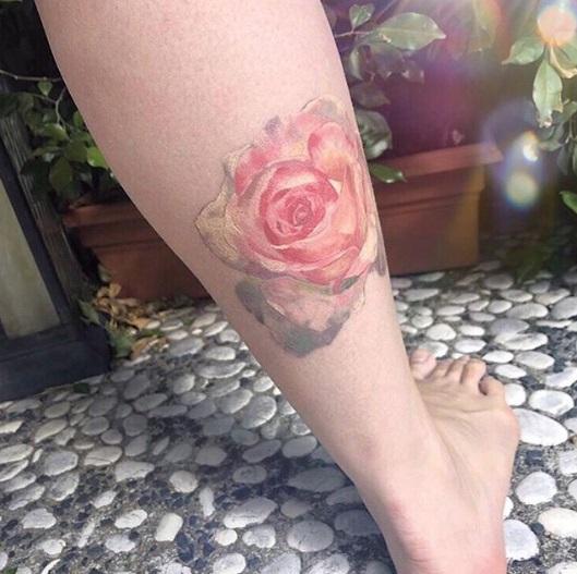 tatuagem dourada