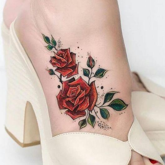 tatuagem peito pé