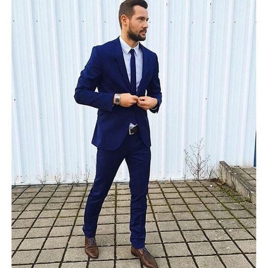 62034a0351 Terno Azul – Saiba Como Usar   Compor os Melhores Looks com a Cor!
