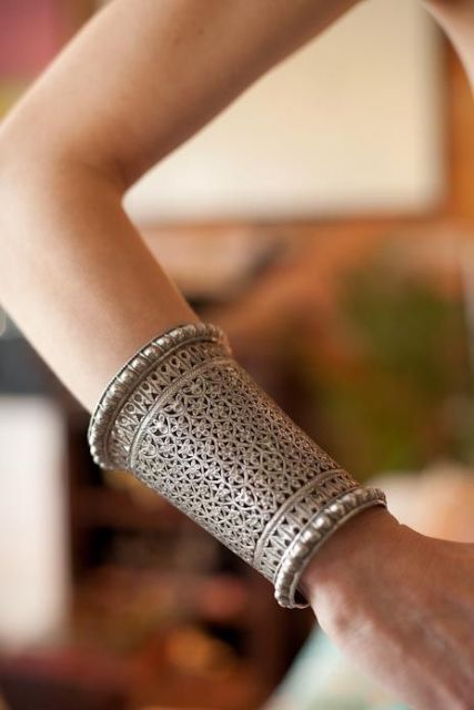 bracelete oriental prateado