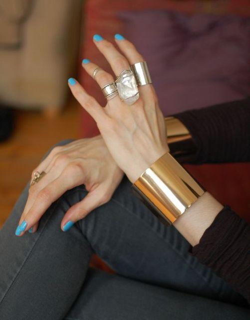 bracelete dourado clássico