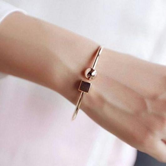 bracelete delicado e moderno