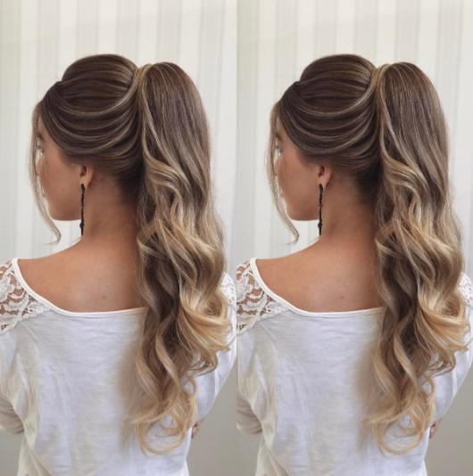 Penteados para madrinhas em cabelo longo com rabo de cavalo