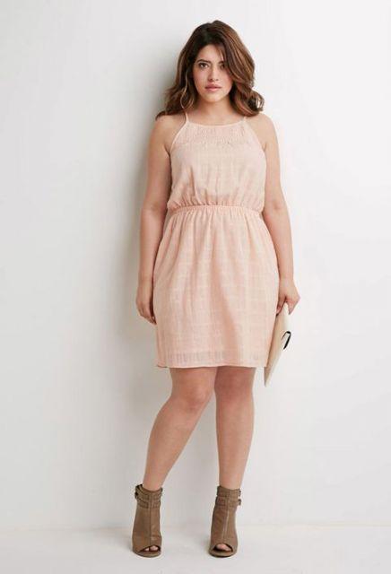 vestido curto de alcinha