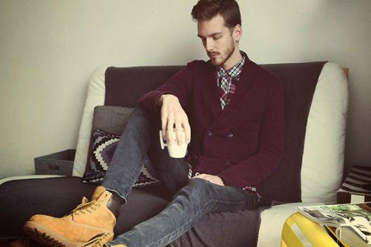 Você pode combinar com blusas e casacos de todos os padrões