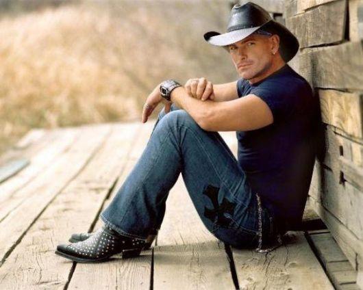 O chapéu preto country harmoniza com variadas peças