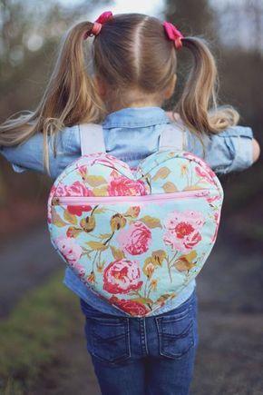 mochila de coração