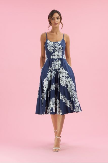 vestido havaiano azul de alcinha