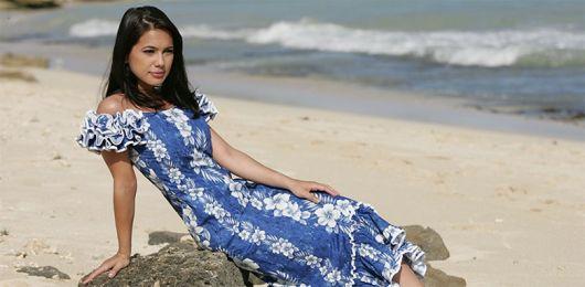 vestido havaiano azul e branco