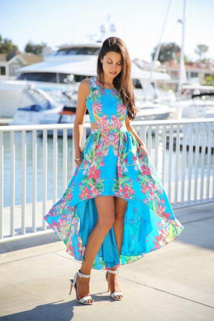 vestido havaiano longo azul com flores