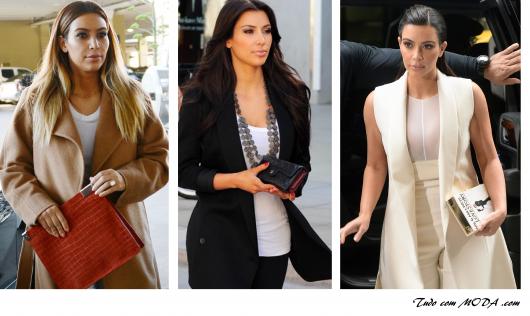 Modelo usa carteiras femininas nas cores caramelo, preta e branca.