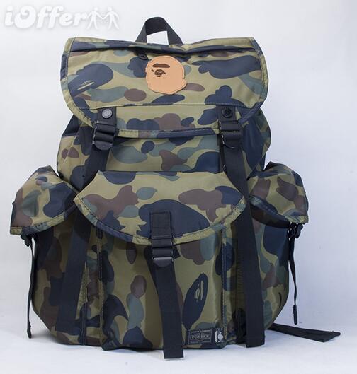 Com vários bolsos e compartimentos, uma mochila ótima para viagens