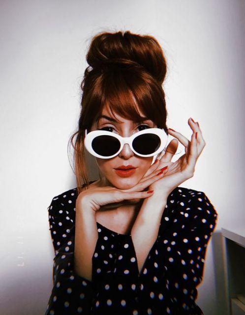 óculos retrô branco