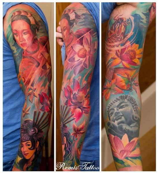 As cores destacam a tattoo e impressionam