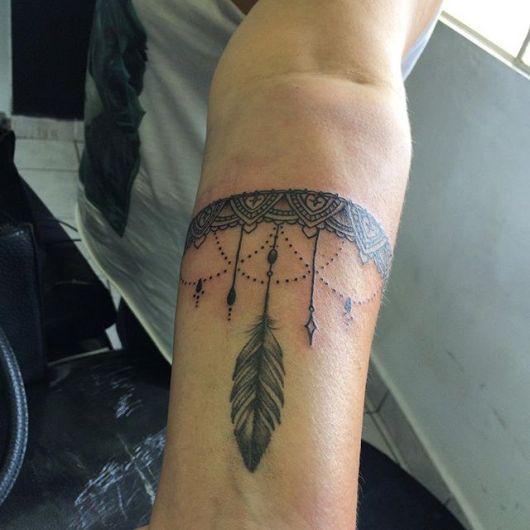 Inspiração no pontilhismo para dar um toque moderno à tattoo