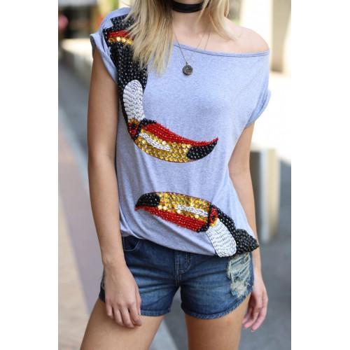 Camiseta Bordada desenho tucano