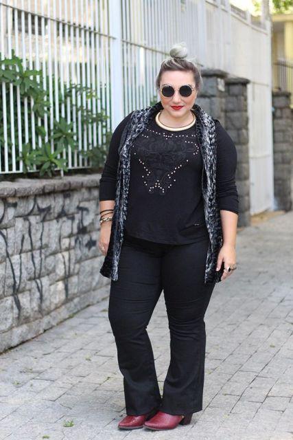 look calça preta com bota