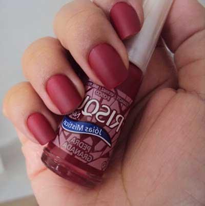 esmalte vermelho risqué