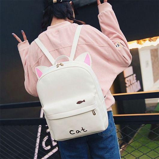 mochila de couro branco
