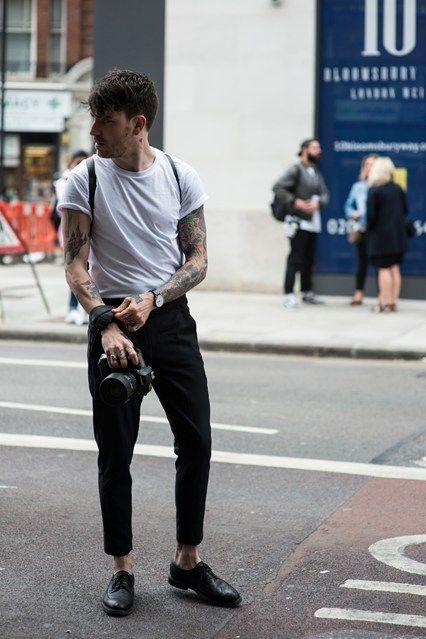 Usar sapato oxford masculino com calça cropped é tendência atualmente