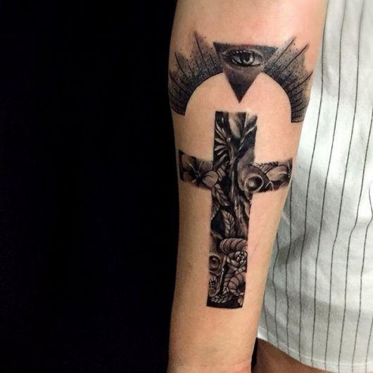 Você pode ornamentar a cruz com muitos detalhes