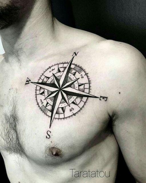 tatuagem peitoral