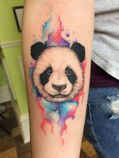 tatuagem de panda aquarela