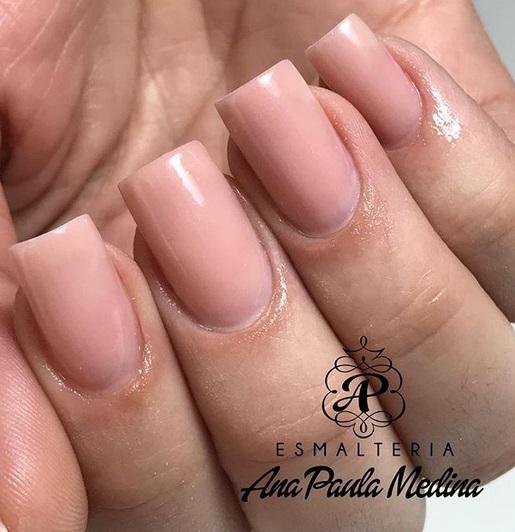 esmalte nude rosado