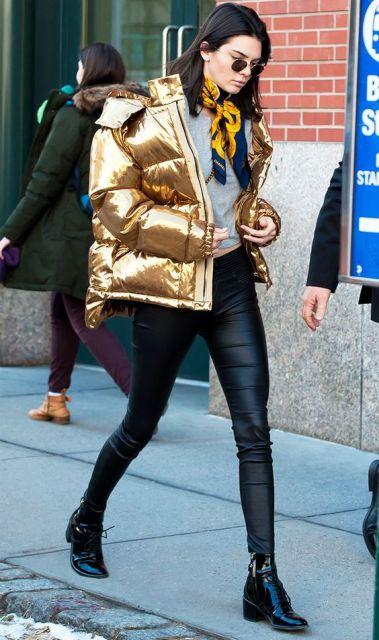 look com jaqueta dourada