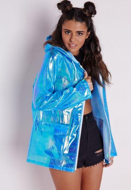 look monocromático com jaqueta azul
