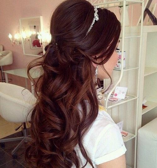 cabelo longo com cachos