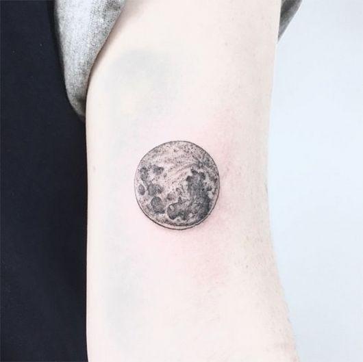tatuagem sombreada braço