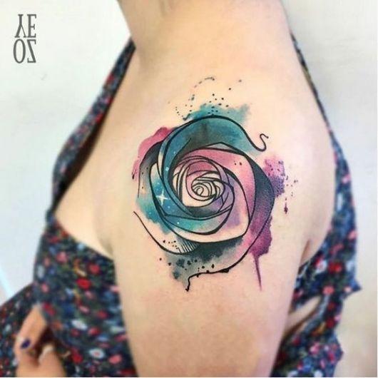 tatuagem moderna aquarela