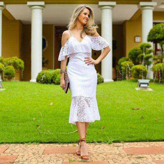 vestido de renda branca