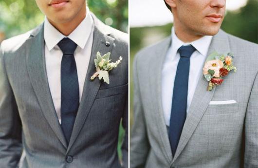A gravata azul fica ótima com cinza também