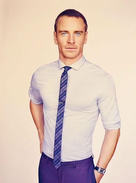 Gravata azul slim estampada, uma boa versão para usar em casamentos