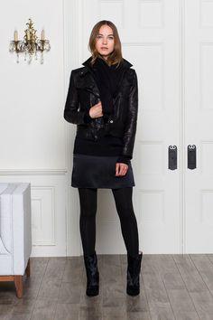 jaqueta aviador com saia curta preta